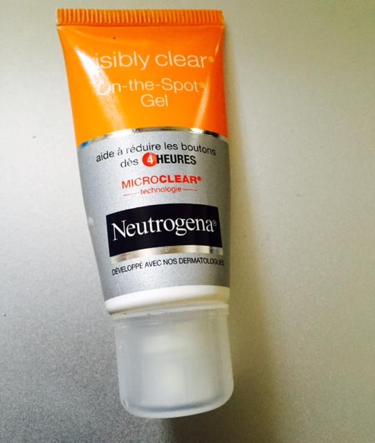 test neutrogena visibly clear on the spot gel je teste pour vous. Black Bedroom Furniture Sets. Home Design Ideas